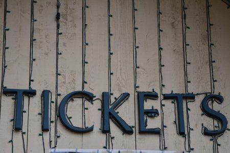 tickets-1018700_640
