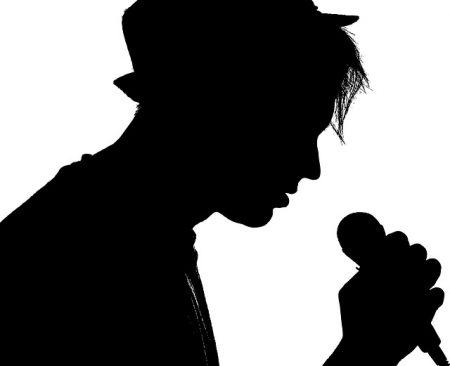 singer-2374445_640