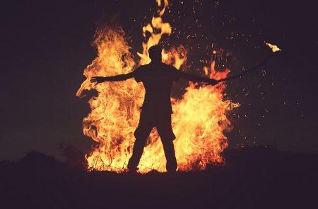 fire-2593636_640