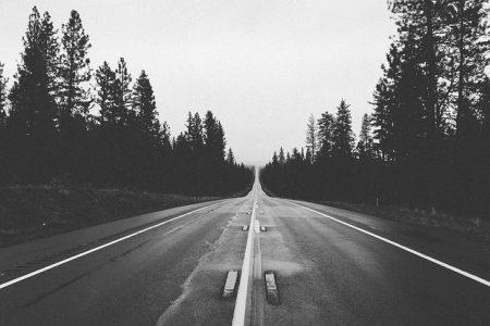 road-569042_640